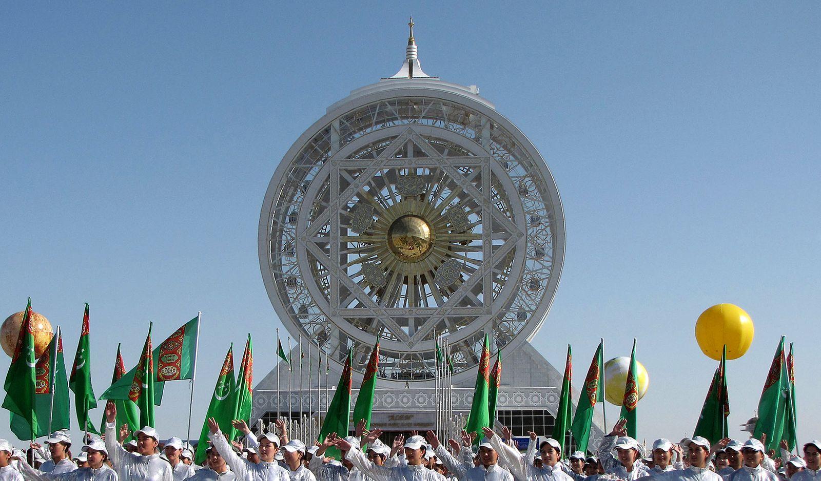 Turkmenistan / Riesenrad