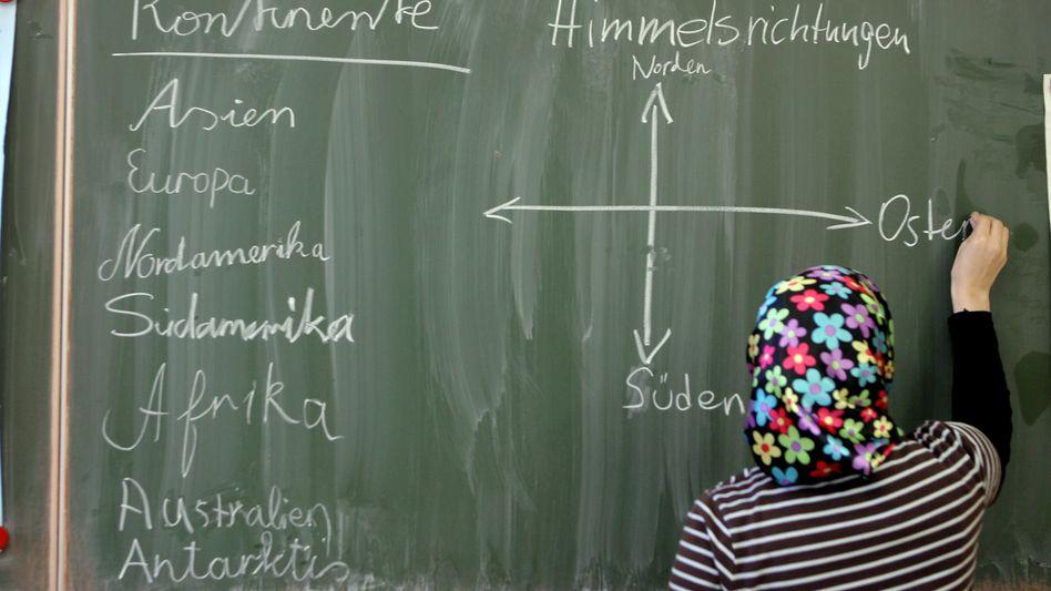 Schülerin mit Kopftuch: Kein Problem, sagt das Kultusministerium Sachsen