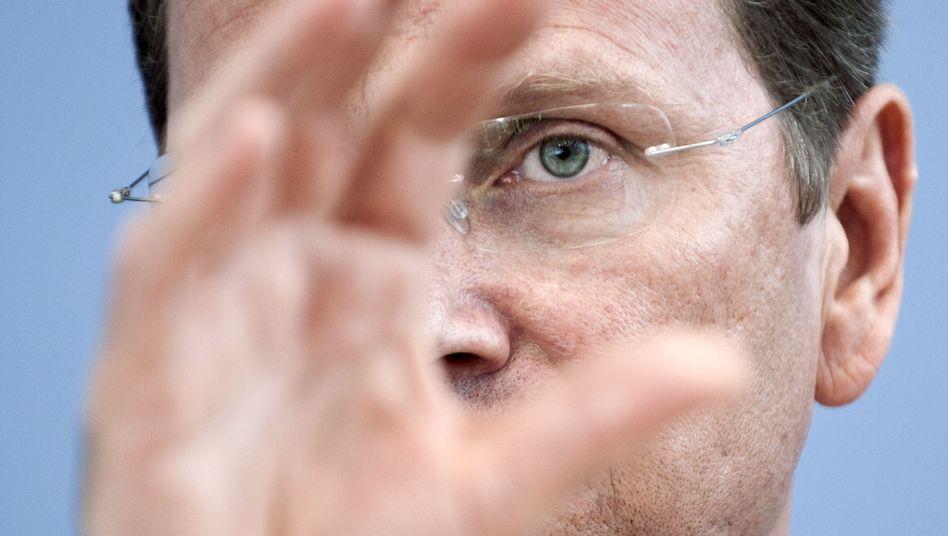 Guido Westerwelle: Der FDP-Chef gerät parteiintern immer stärker unter Druck