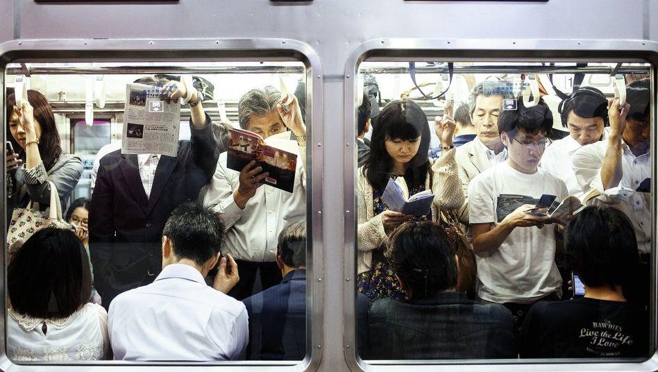 Tatort U-Bahn in Tokio Kurze Berührungen an Brust oder Po
