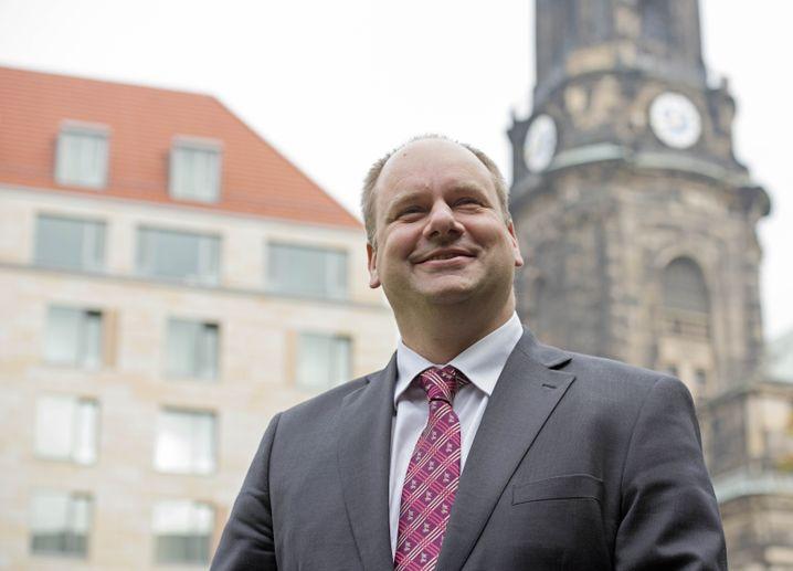OB Dirk Hilbert: Setzt auf Bilder mit seiner Familie