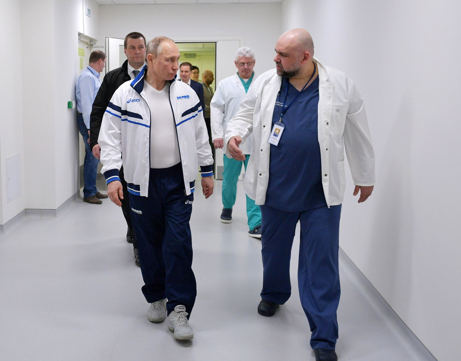 Russian President†Putin visits a hospital for patients infected with coronavirus disease (COVID-19) on the outskirts of Moscow