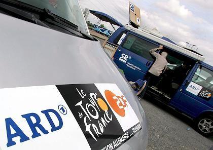 Öffentlich-Rechtlicher Übertragungswagen: Beratung über Tour-Ausstieg