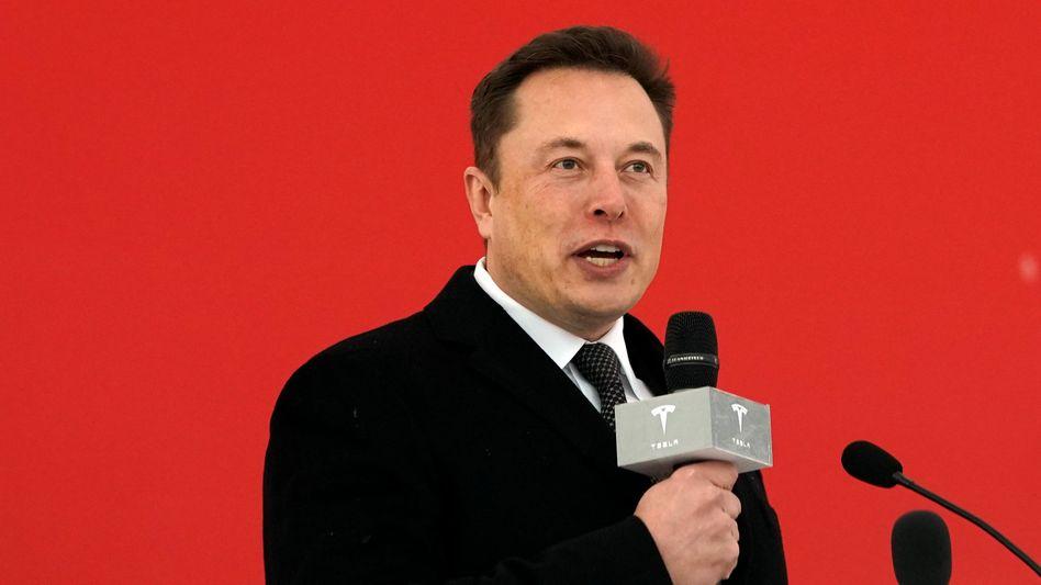 Musk 2019 im Tesla-Werk Shanghai: Mehrere Standorte sind betroffen
