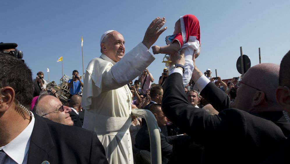 Photo Gallery: Pope Francis in Brazil