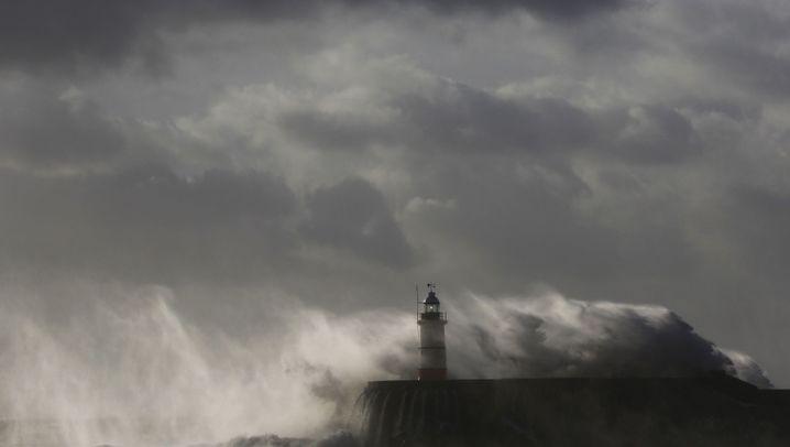 Herbststurm in Großbritannien: Raue Küste