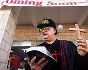 In Bethlehem prophezeit Sektenführer Bobby Bible den nahenden Weltuntergang