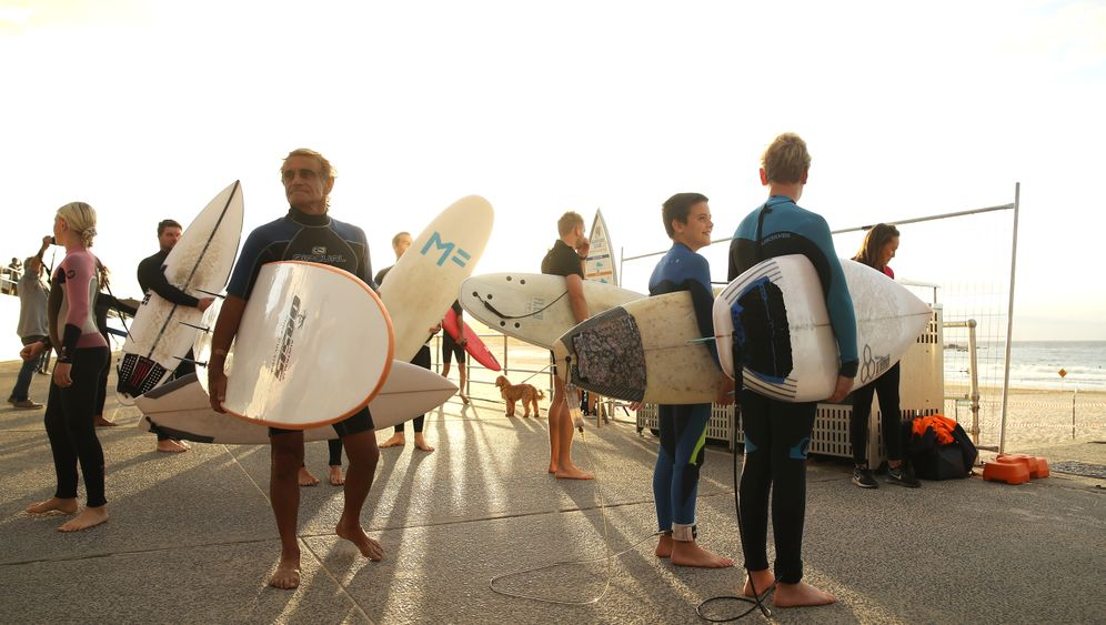 """We've got our beach back"": Badegast am Bondi Beach"