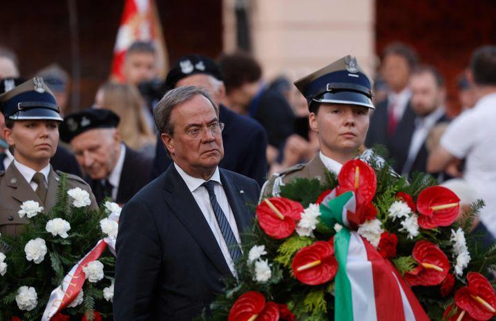 Laschet bei einer der Gedenkzeremonien in Warschau