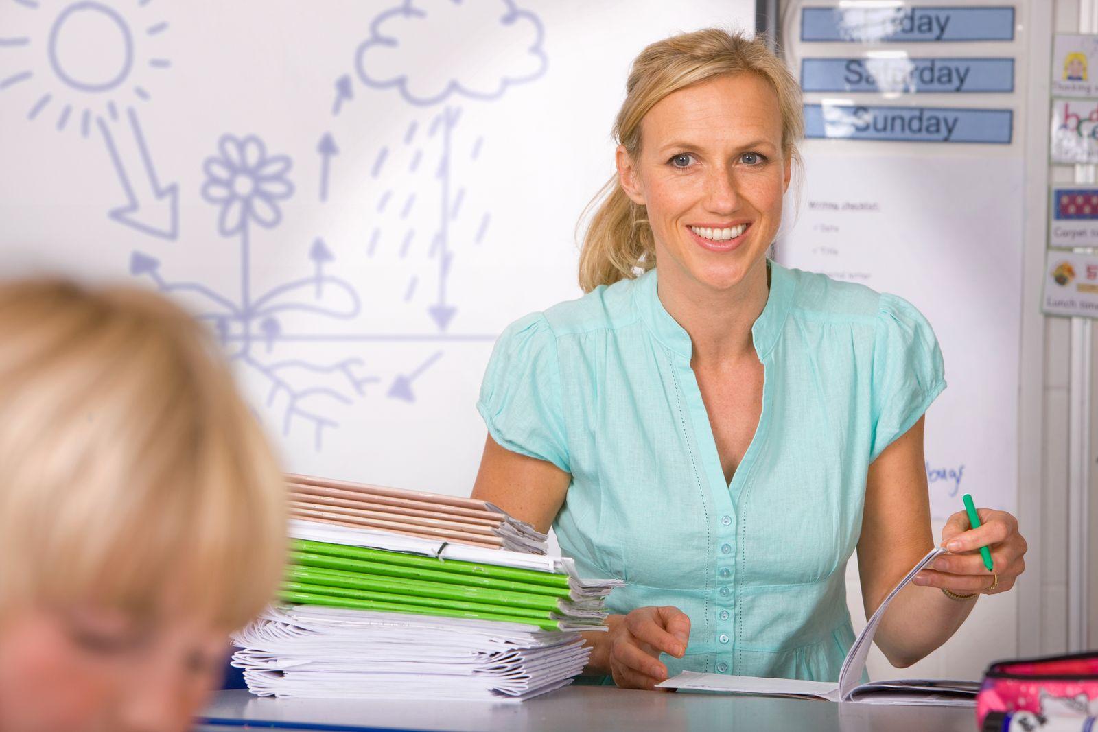 NICHT MEHR VERWENDEN! - Lehrer / Hausarbeiten