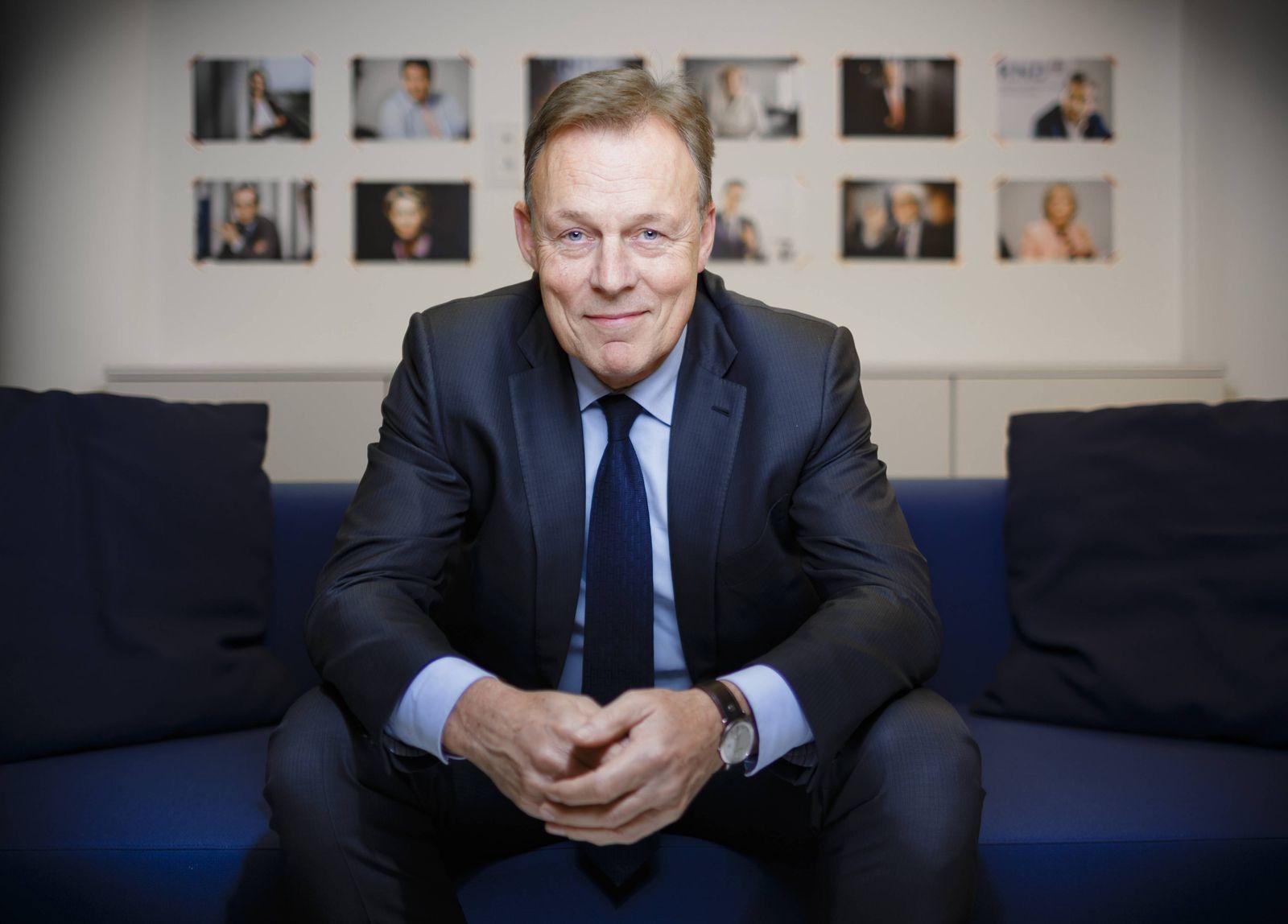 Thomas Oppermann, SPD Fraktionsvorsitzender, posiert fuer ein Foto. Berlin, 17.01.2016. Berlin Deutschland PUBLICATIONx