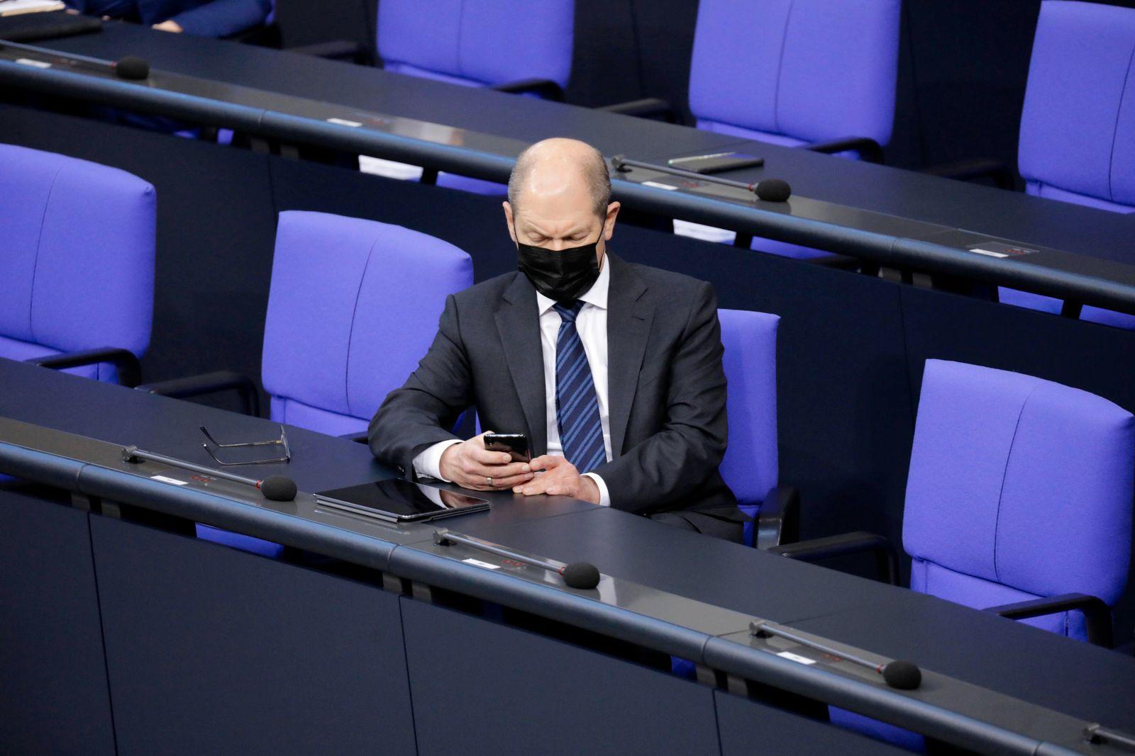 Olaf Scholz, Bundesminister der Finanzen, SPD, 203. Bundestagssitzung, DEU, Berlin, 13.01.2021 *** Olaf Scholz, Federal