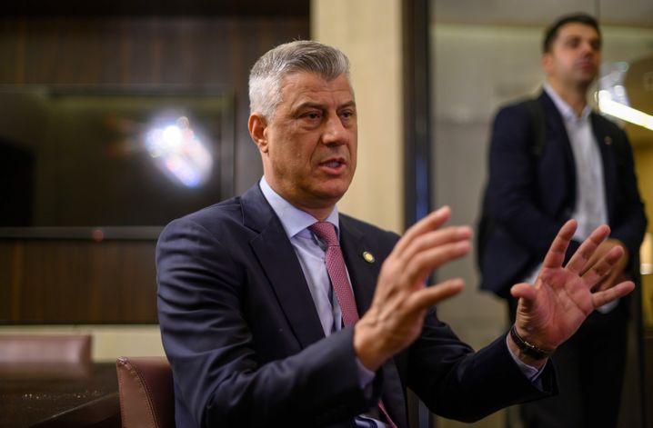 """Kosovos Präsident Hashim Thaci nach der Westbalkan-Konferenz: """"Serben und Kosovaren trennt heute ein ganzer Fluss aus Blut"""""""