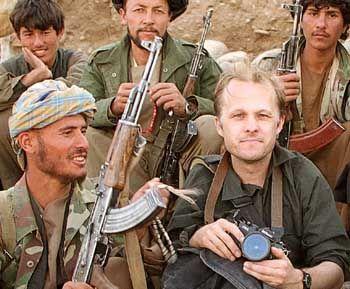 Fotograf Grabka (r.) in Afghanistan: Der friedlichste aller Kriegsreporter