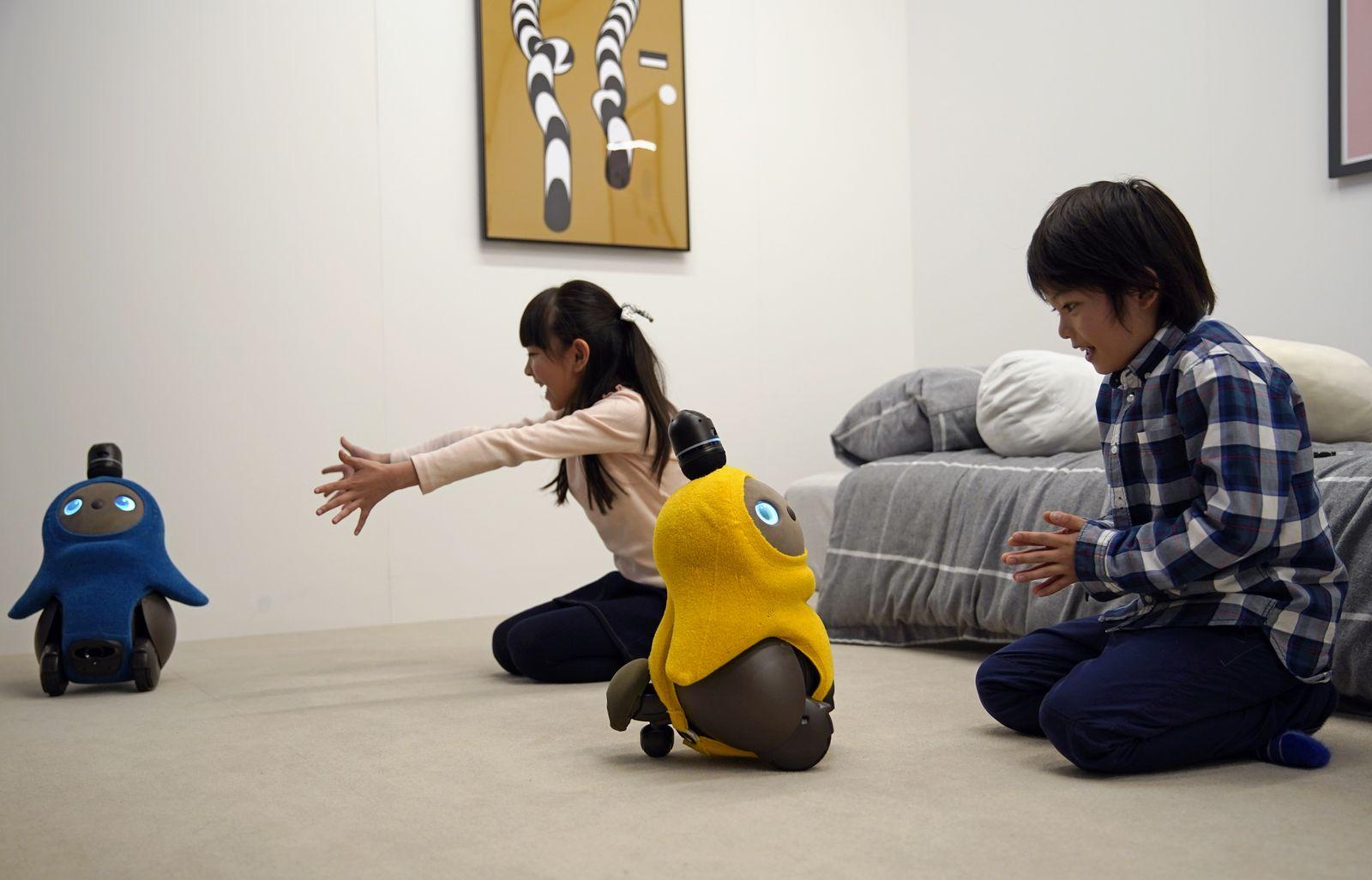 Kinder/ Roboter