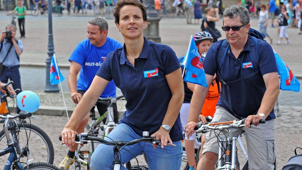 Radtour mit der AfD: Stimmenfang an der Elbe