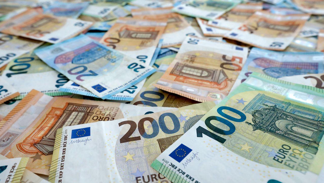 Deutsche horten über sieben Billionen Euro