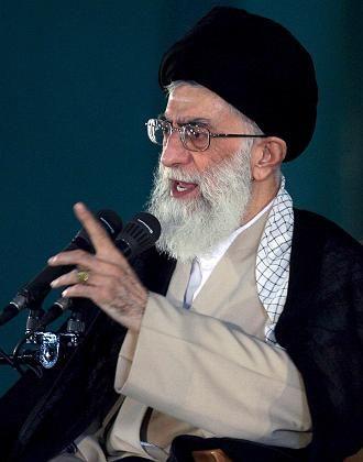 """Geistliches Oberhaupt Chamenei: """"Keine Trennung von Religion und Politik"""""""