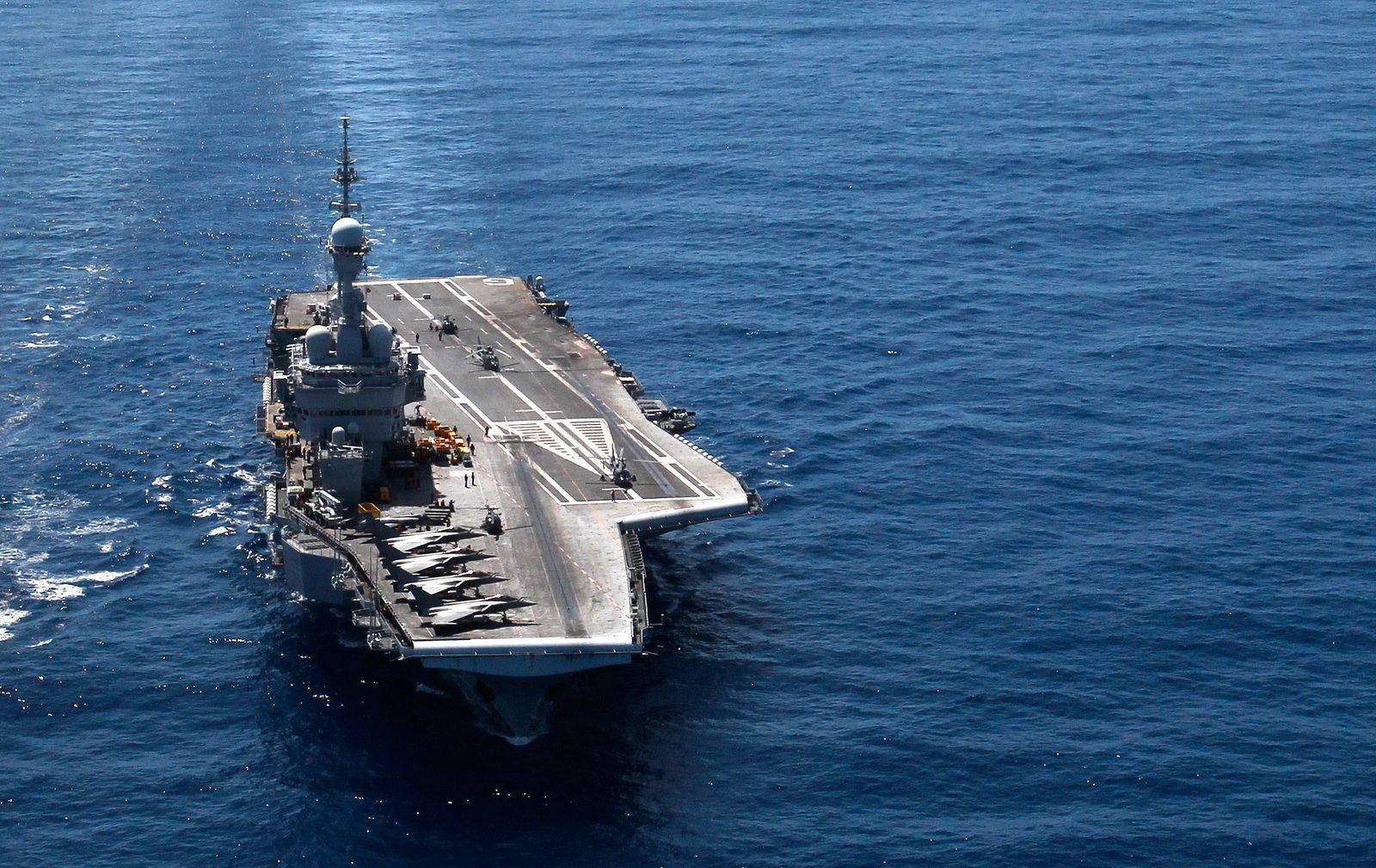 Aircraft Carrier Boom