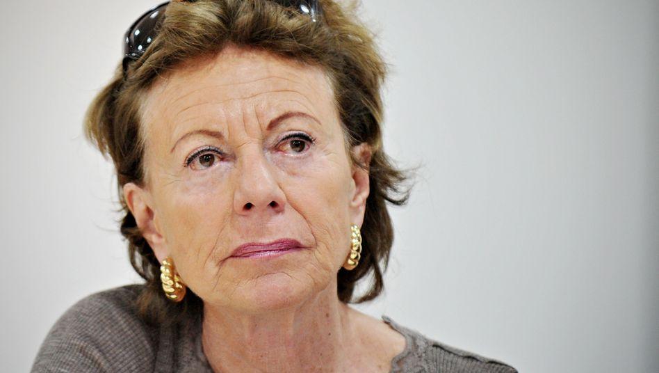 EU-Kommissarin Neelie Kroes: Unzufrieden mit dem Grad der Roaming-Preissenkungen
