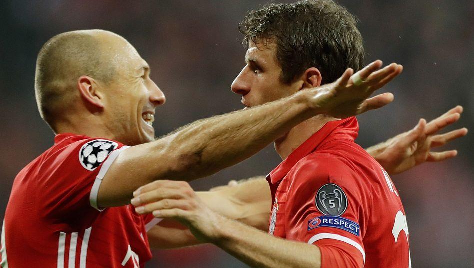 Torschützen Arjen Robben und Thomas Müller