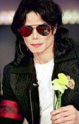 """Michael Jackson - hier bei seinem Auftritt bei """"Wetten, daß..."""" - hat sich zum Klau von 37 Noten hinreißen lassen."""