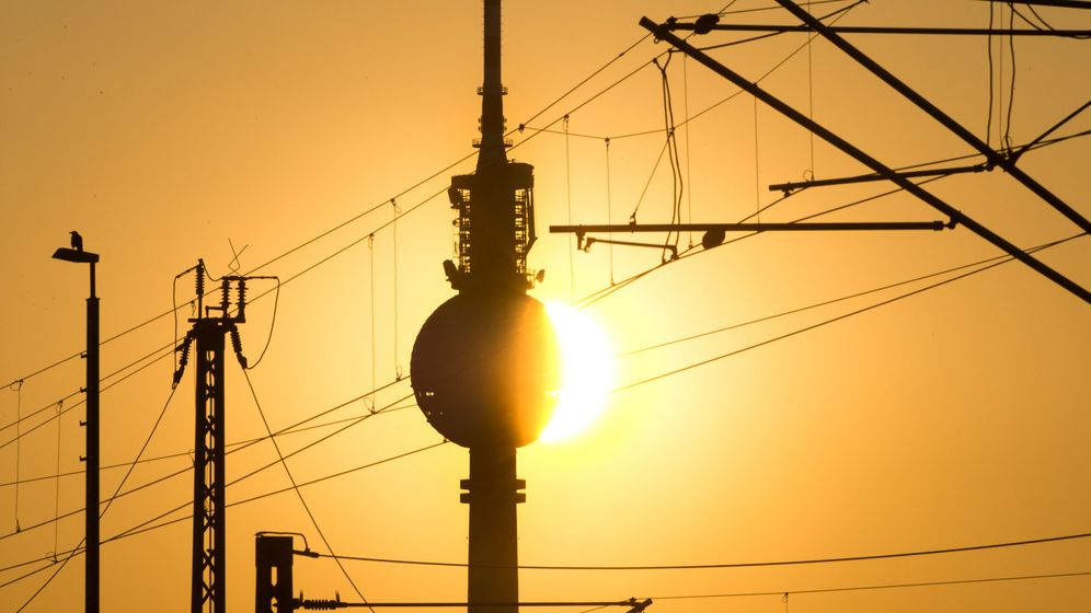 Photo Gallery: Berlin's Energy Grid For Sale