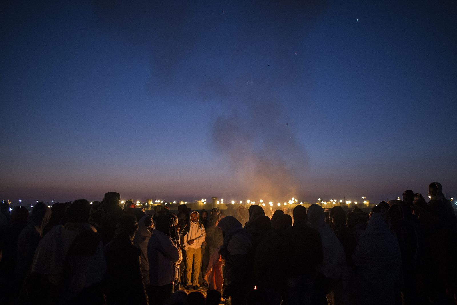 African asylum seekers protest outside Holot detention centre