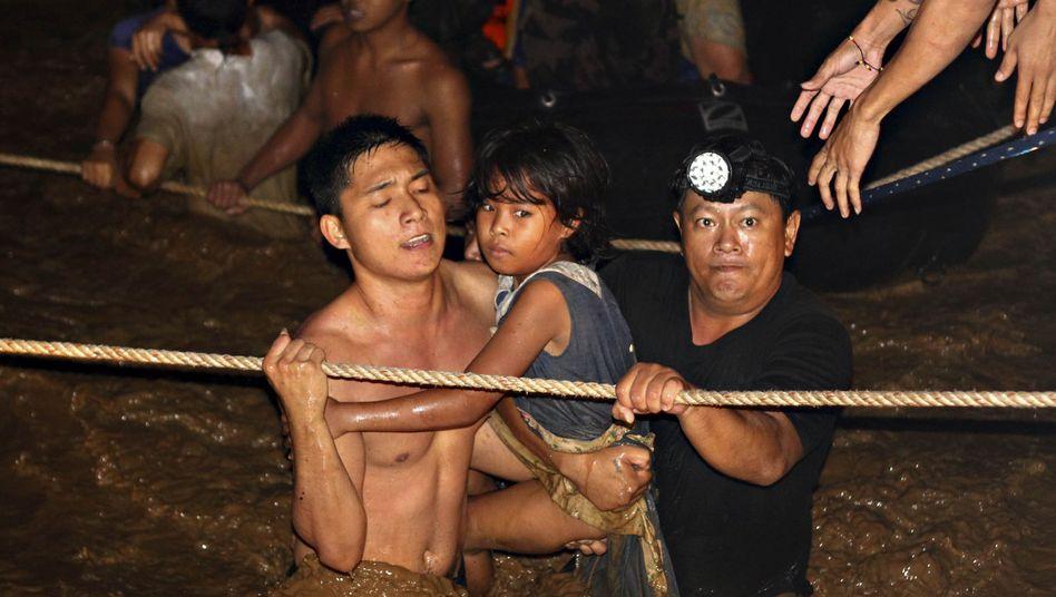 """440 Toteauf den Philippinen: Taifun """"Washi"""" überraschte seine Opfer im Schlaf"""