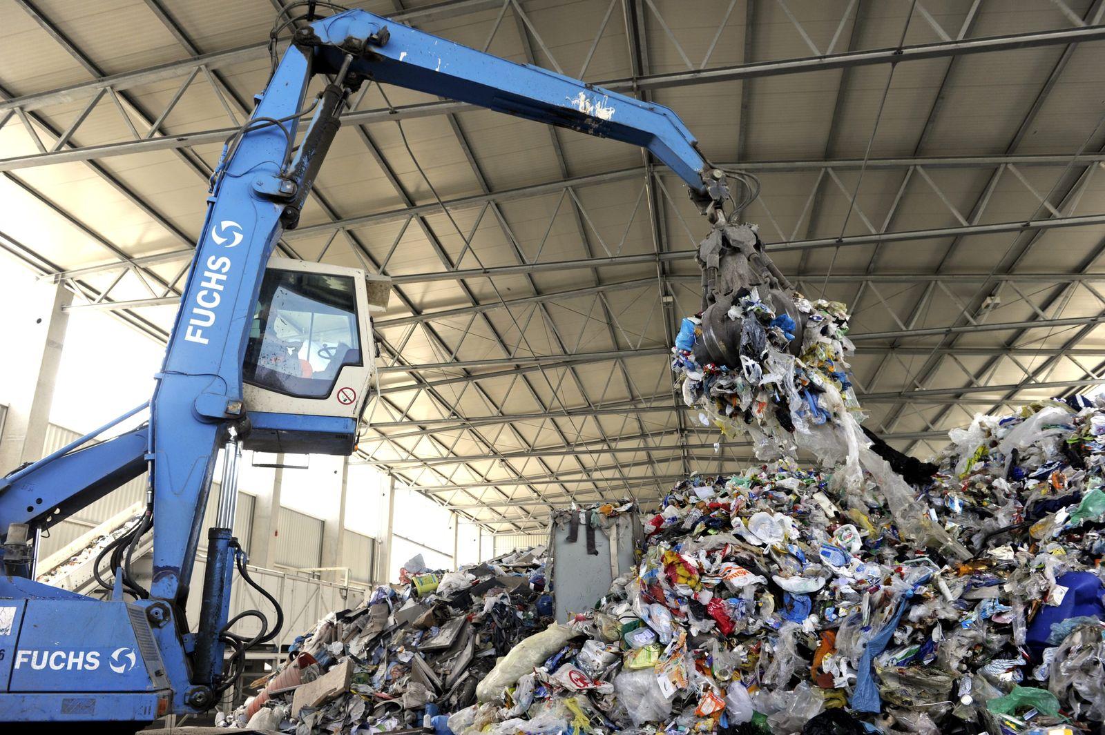 NICHT VERWENDEN Abfall / Müll / Recycling