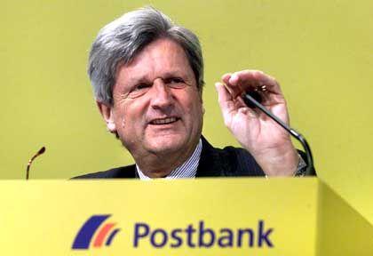 """Postbanker Schimmelmann: """"Natürlich haben unsere Mitarbeiter nicht die langjährige Erfahrung wie manche Berater anderer Banken"""""""
