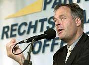 """Ronald Schill: Weg mit den Drogendealern, """"Schwanz ab"""" für Sexualstraftäter"""