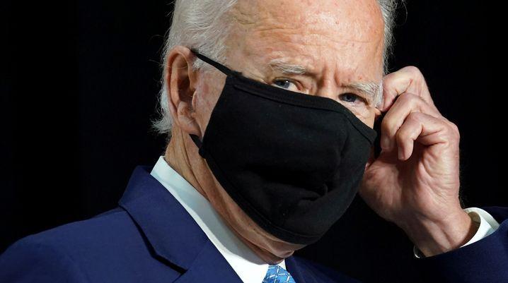 Joe Biden mit Maske