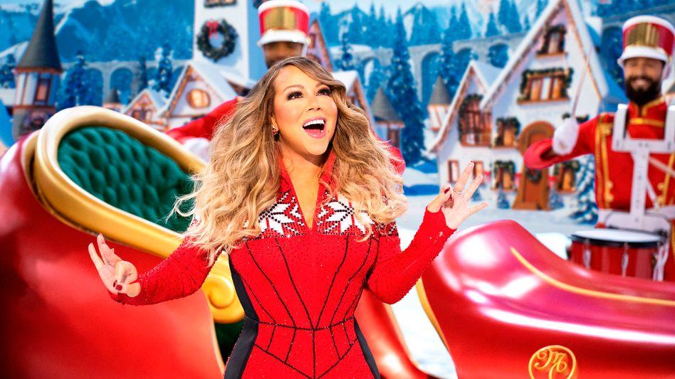 All I Want For Christmas Is Mariah: Mariah Carey singt sich durch ihre Weihnachtsshow