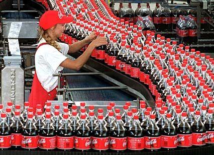 Coca-Cola-Abfüllanlage: Trend zur Einwegflasche bedroht Jobs