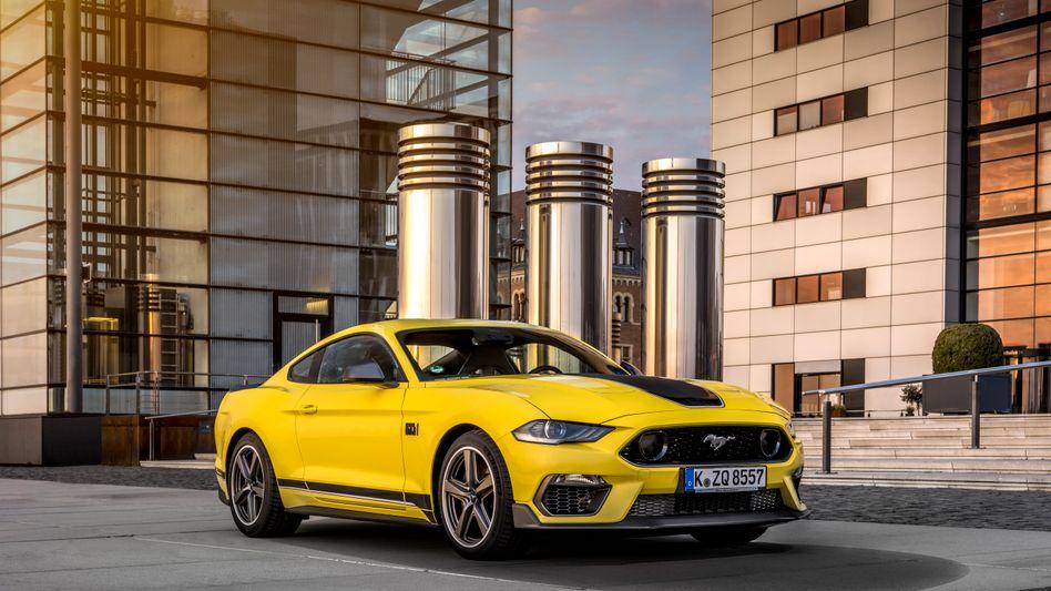 Grelles Auto in greller Farbe: Der neue Ford Mustang Mach 1 mit 5-Liter-V8-Motor.