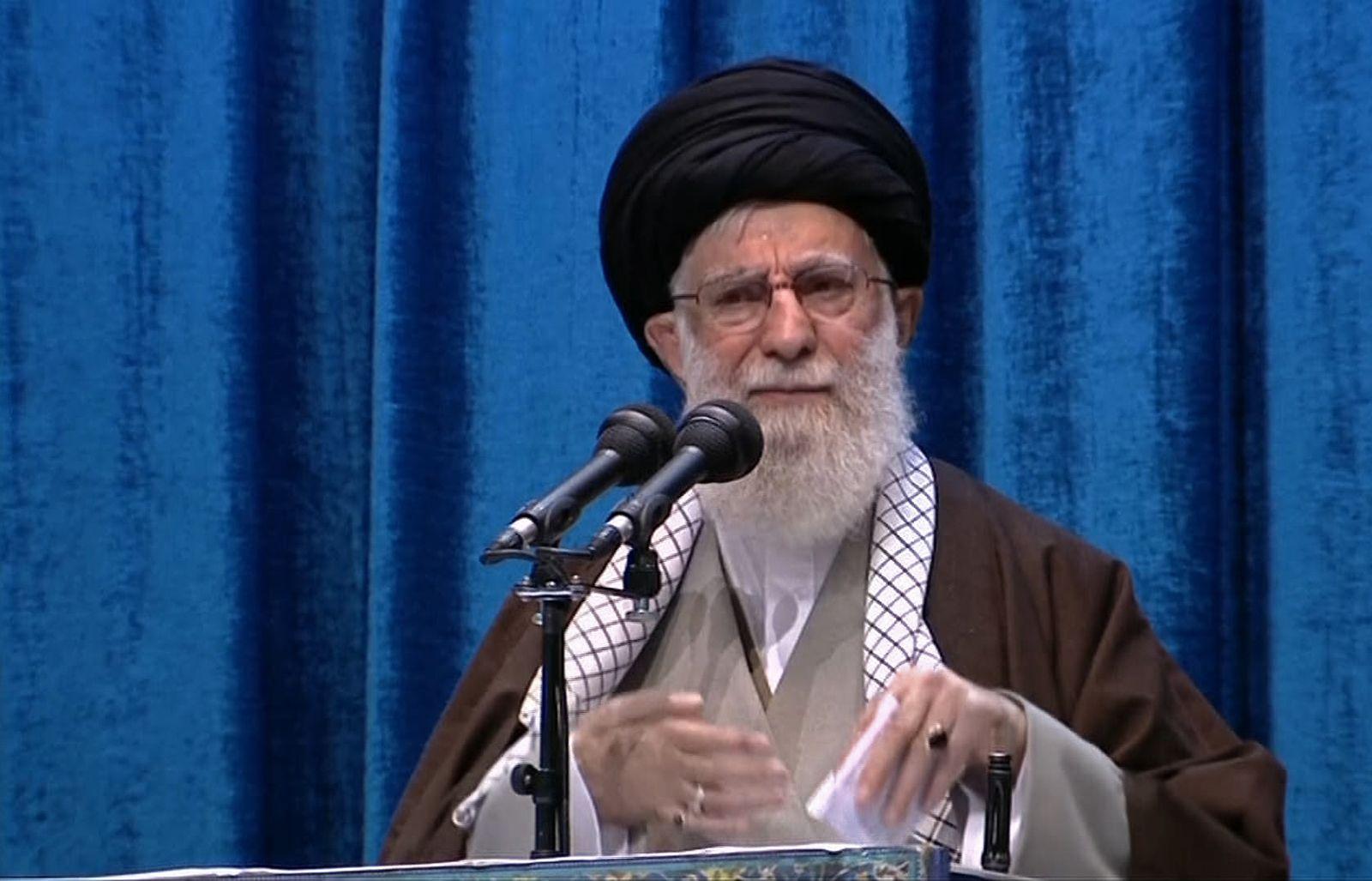 IRAN-POLITICS-PRAYER