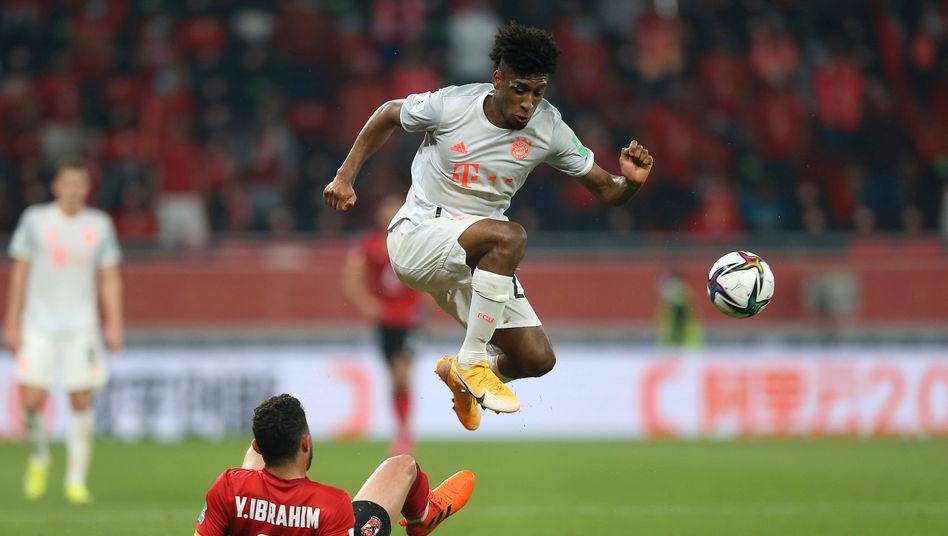 Kingsley Coman und der FC Bayern haben die erste Hürde auf dem Weg zum sechsten Titel übersprungen