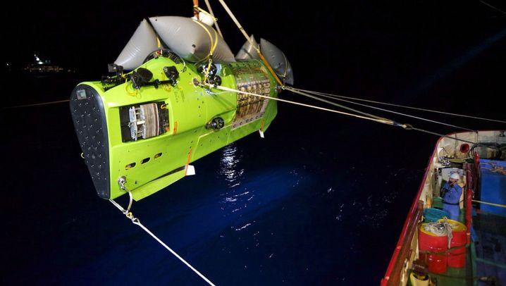 Elf Kilometer Tiefe: Tauchfahrt auf den Grund des Meeres