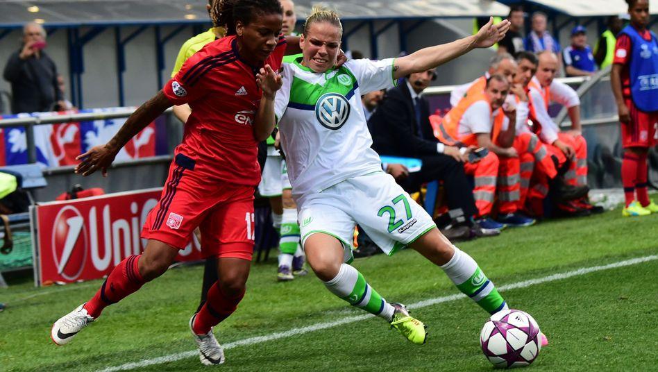 Champions-League-Finale der Frauen: Wolfsburg verliert gegen ...