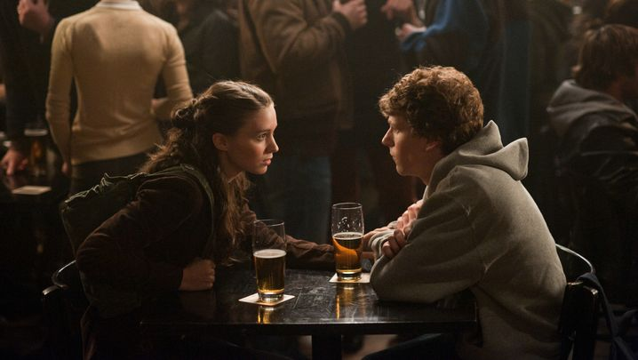 "Szene aus ""The Social Network"" (mit Rooney Mara, Jesse Eisenberg): Sieg der Nerd-Kultur"