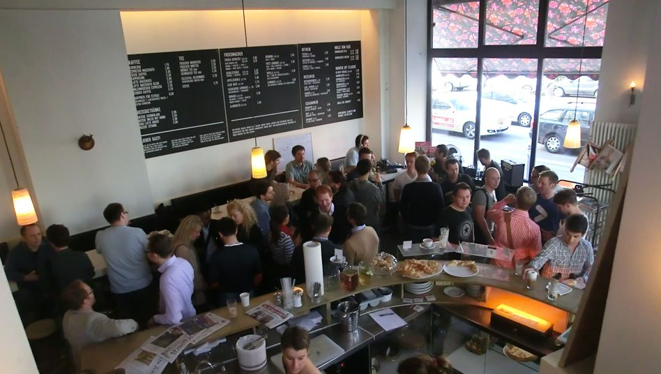 A Silicon Allee Breakfast meet-up for Berlin start-up entrepreneurs is held each month at the Sankt Oberholz cafe, one of the hubs of the local tech scene.