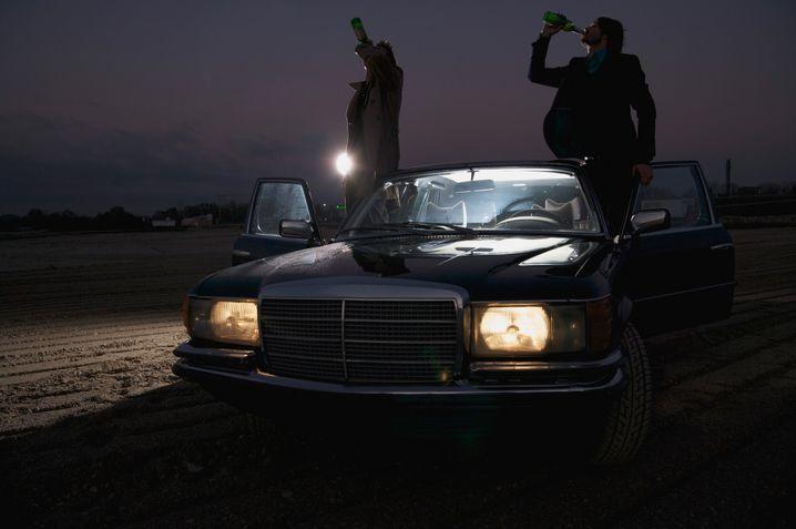 Beide trinken, einer fährt: Auch der Beifahrer haftet