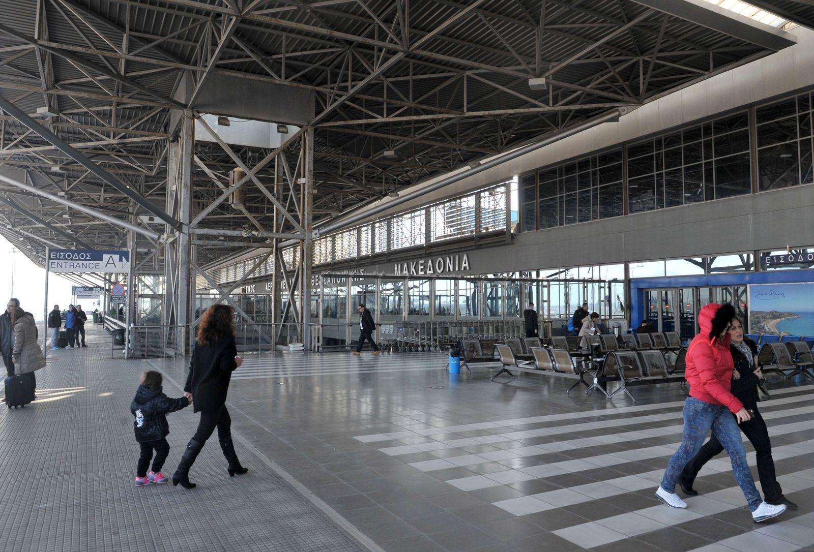 GREECE-ECONOMY-AIRPORT