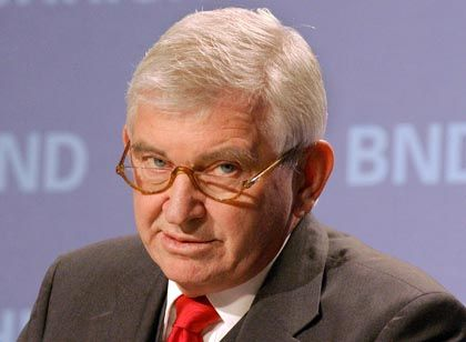 BND chief Ernst Uhrlau says he first became aware that his agency was spying on an Afghan politician and a SPIEGEL journalist in December 2007, long after the operation had stopped.