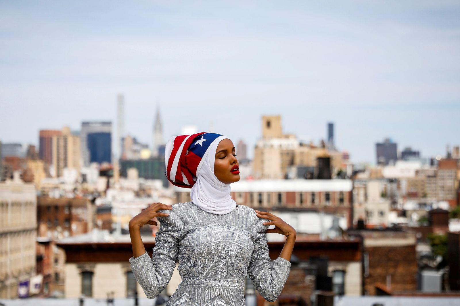 POTY 2017/ Fashion/ Halima Aden