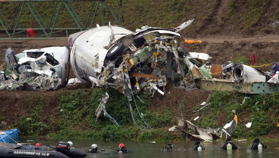 Unglücksmaschine in Taipeh: Die Suche nach Vermissten geht weiter