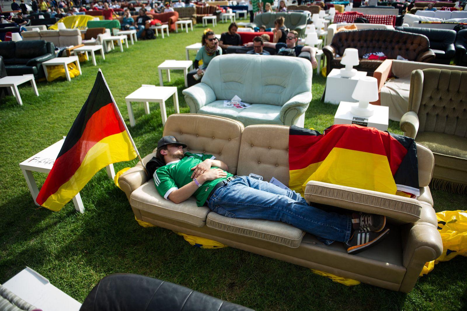 WM/ Deutschland : USA/ Buntes/ Fans