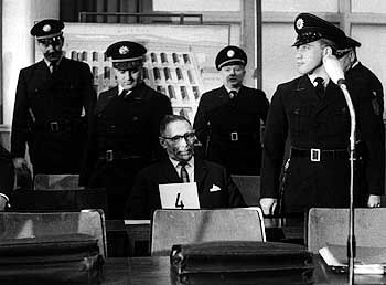 Gröning says he knows nothing about the Auschwitz trials that took place in 1964.