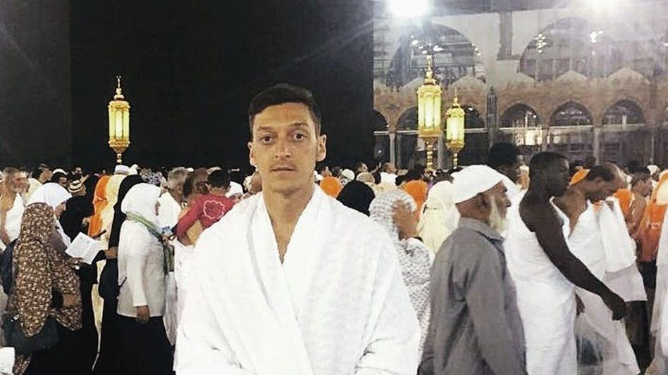Pilger Özil in Mekka